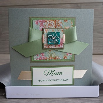"""Boxed Mother's Day Card """"Vintage Daisies"""""""